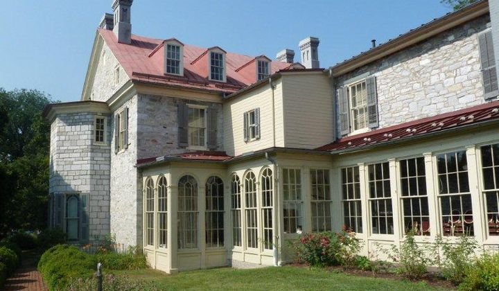 The rear wing of the mansion that was added during the first half of the 19th century.