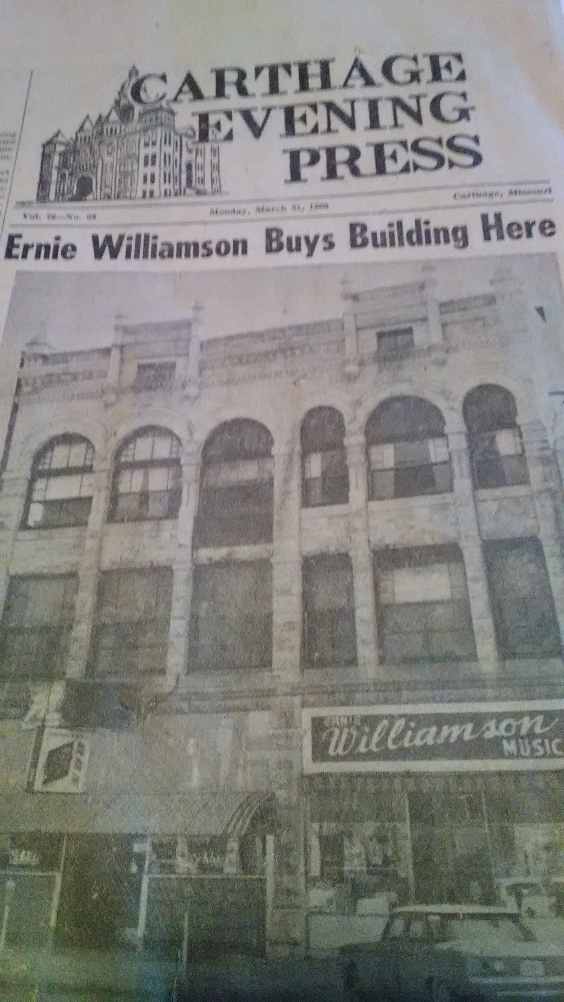 1960 Carthage Evening Press photo of Garland-Myers building (used with permission; footnote #1 above).