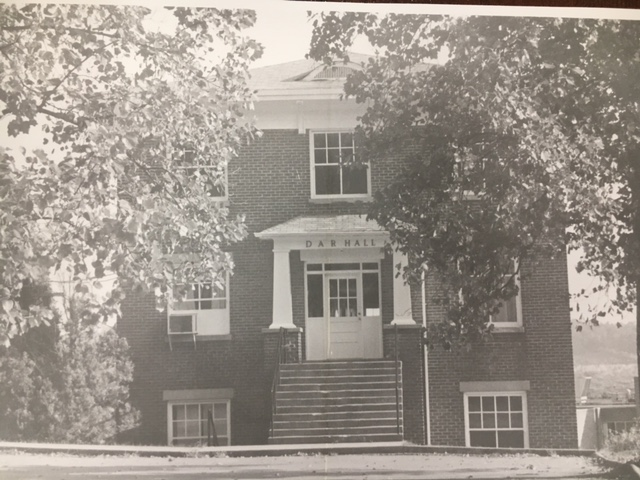 The front entrance to DAR Hall as it appeared in the 1920s.