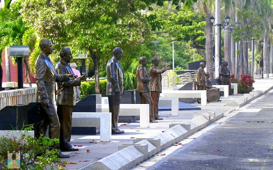 Life-size bronze statues of nine of the ten United States presidents who have visited Puerto Rico line the pathway called Paseo de los Presidentes in San Juan.