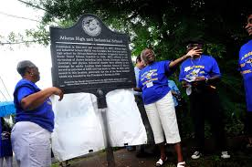Unveiling of the Marker