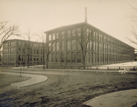The Velvet Mills (now apartment buildings as well) photographed in 1915.
