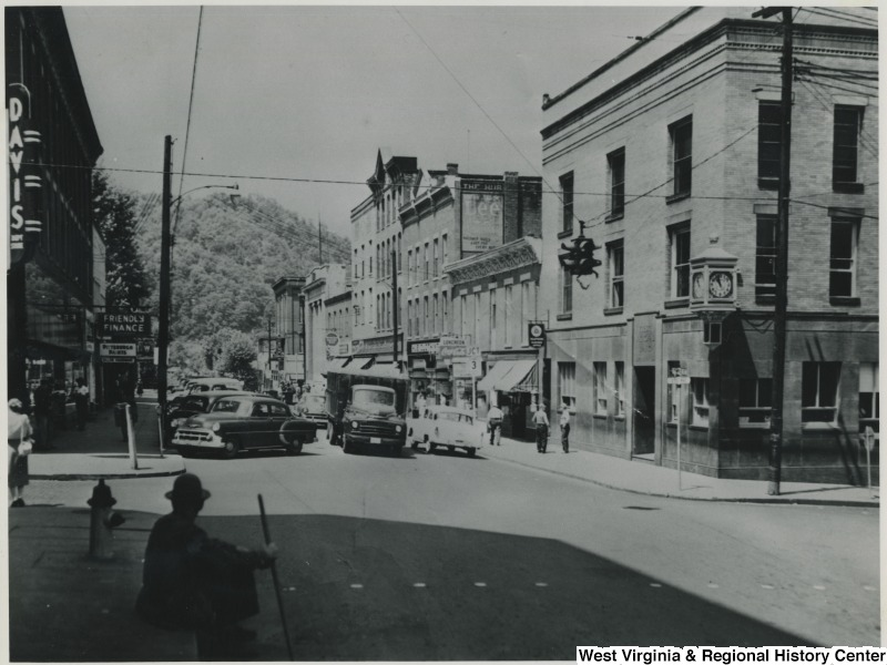 First National Bank, circa 1950. Source: WV History OnView.