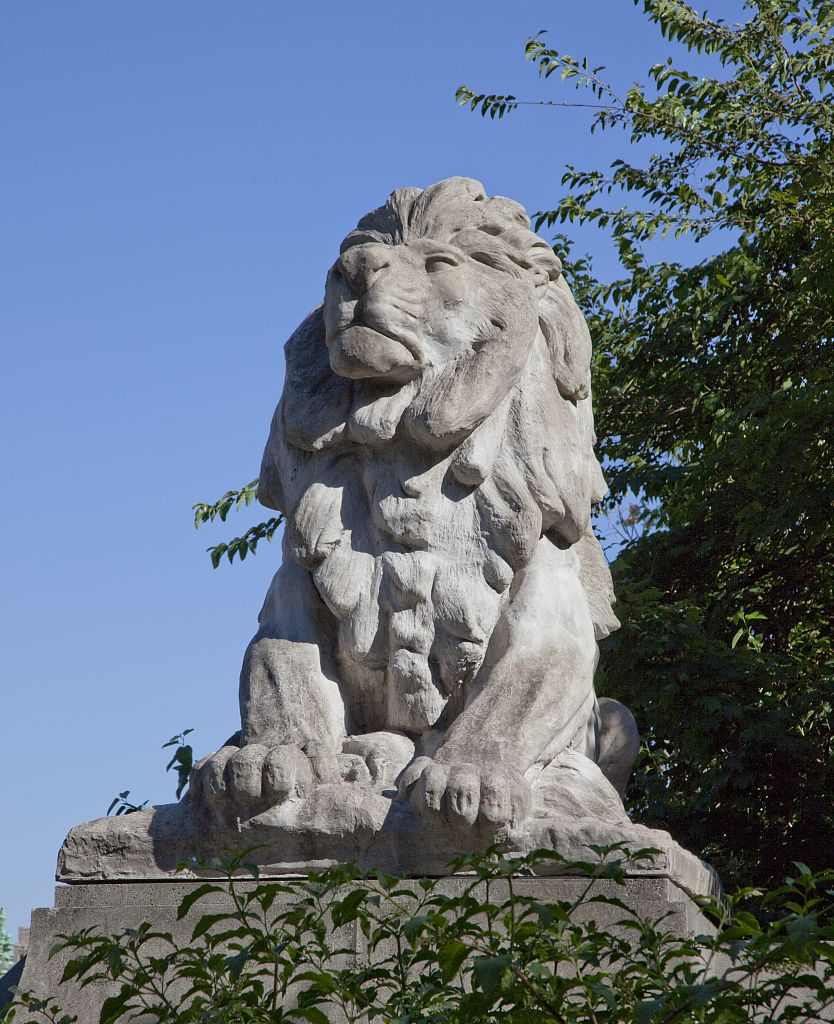 The concrete lion sculptures designed by Roland Hinton Perry are iconic features of the Taft Bridge. Bronze copies sit outside the National Zoo. Photo by Carol M. Highsmith, Library of Congress.