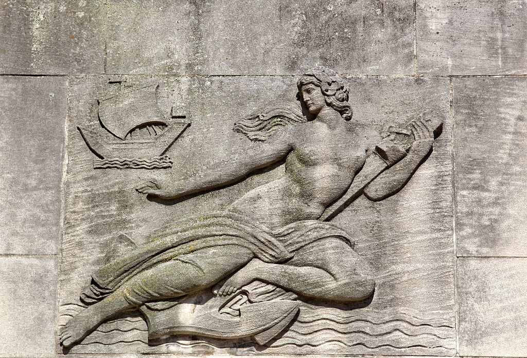 A detail in the stonework of the Taft Bridge. Photo by Carol M. Highsmith, Library of Congress.