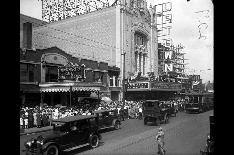 Uptown Theatre on opening day, 1925