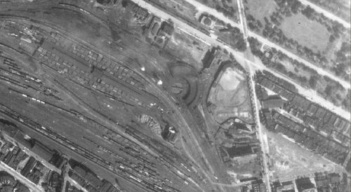 A 1940s aerial view of Penmar Park. Note the PRR 37th Street yards and their close proximity to the field