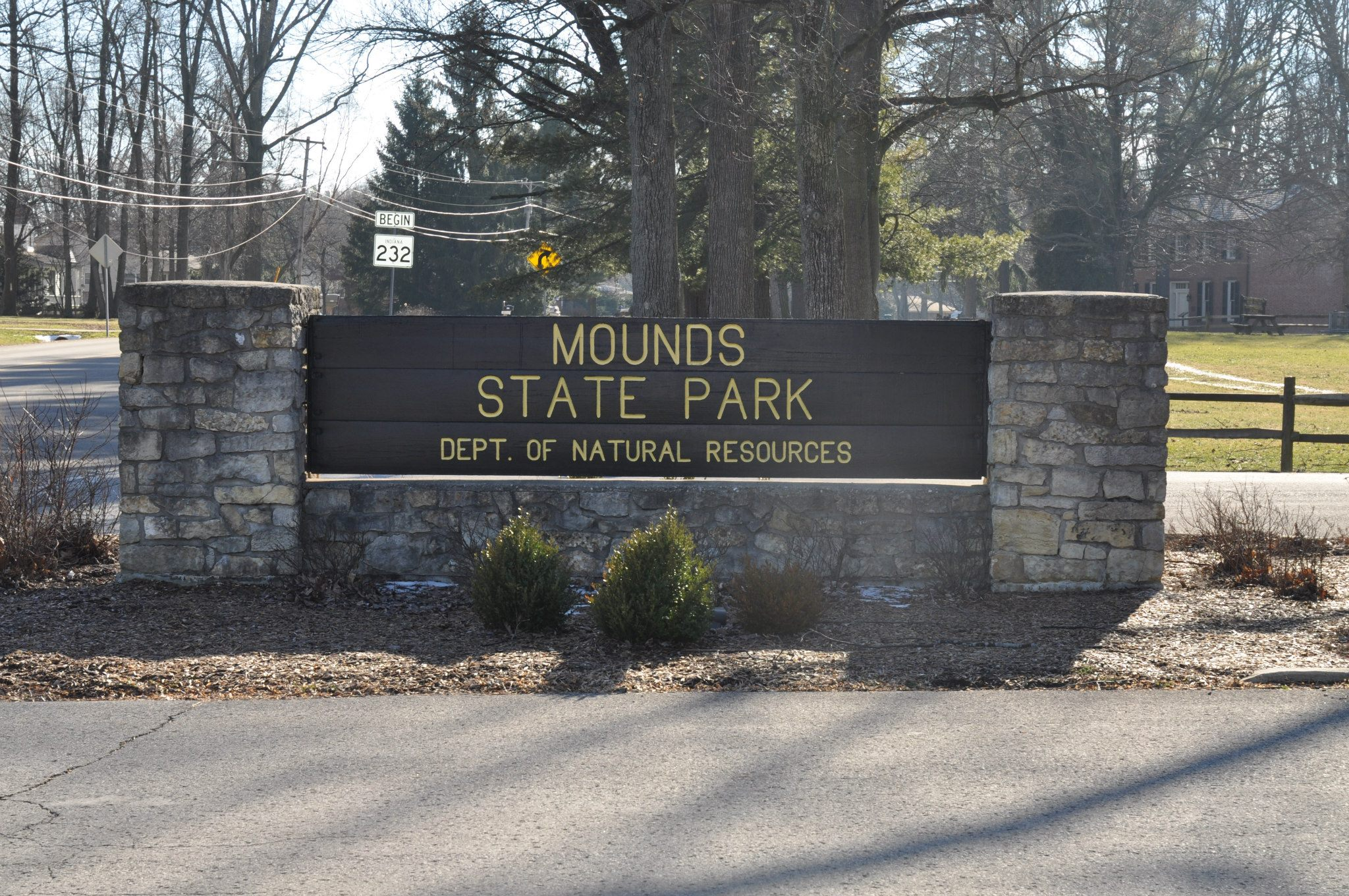 Mounds Sign