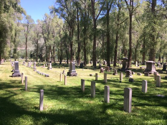 Graves at the Ute Cemetery