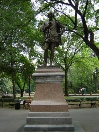 The statue that sits in Central Park.