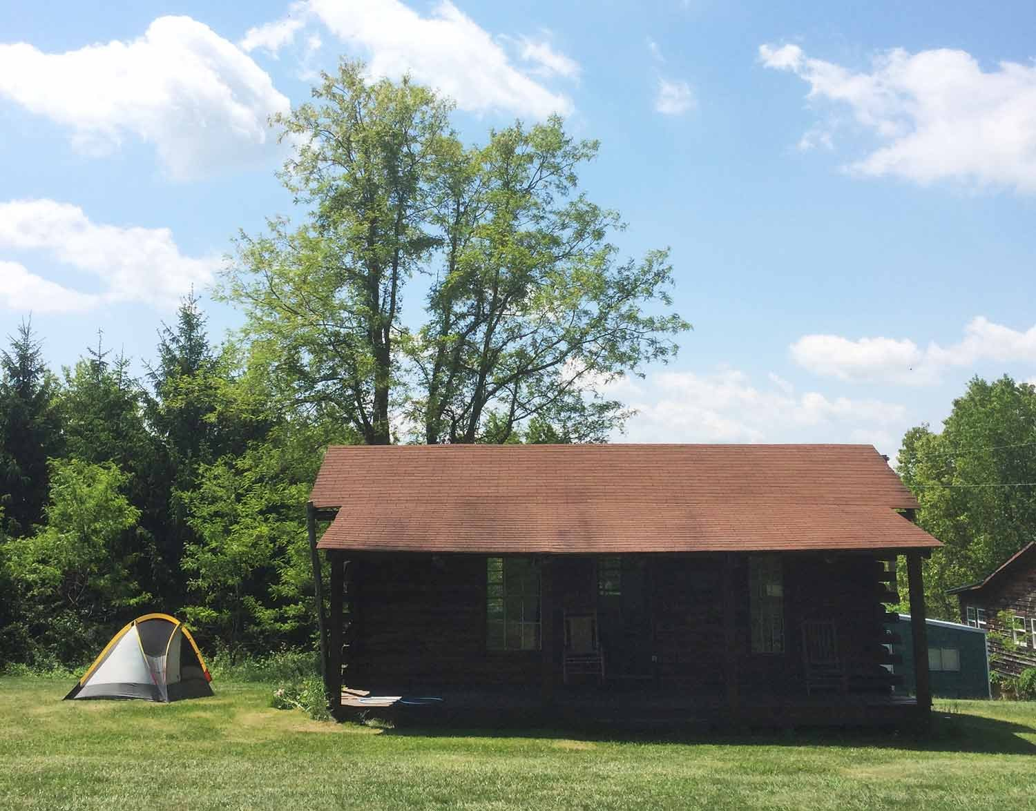 old, authentic cabins/buildings to show visitors how people in Appalachia used to live
