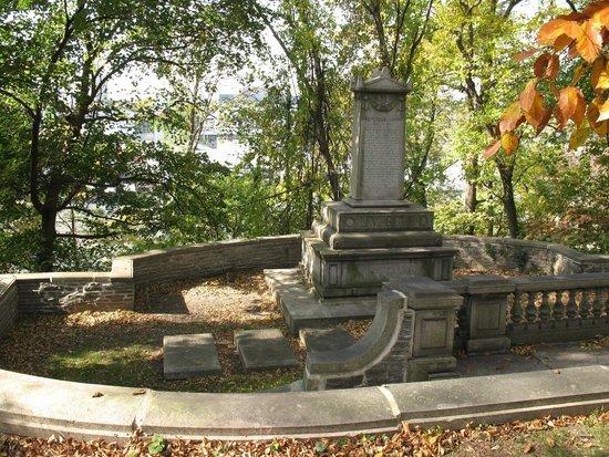 The ornate gravesite of Marlin Edgar Olmsted.