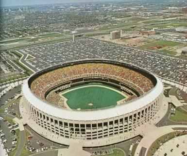 Veterans Stadium, the former home to the Philadelphia Phillies. Courtesy of the MLB