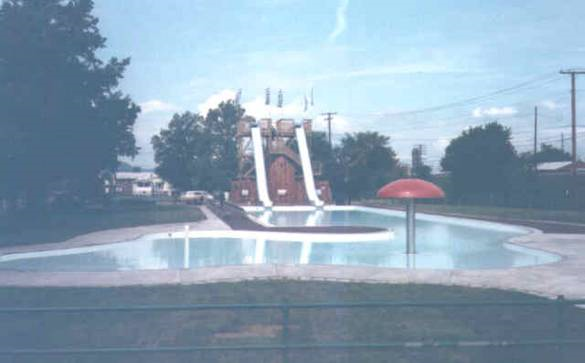 The Olympic Pool featured two slides and a mushroom, which sprinkled water into the pool. The slides were closed before the pool actually closed, due to injuries that occurred on the slides.2