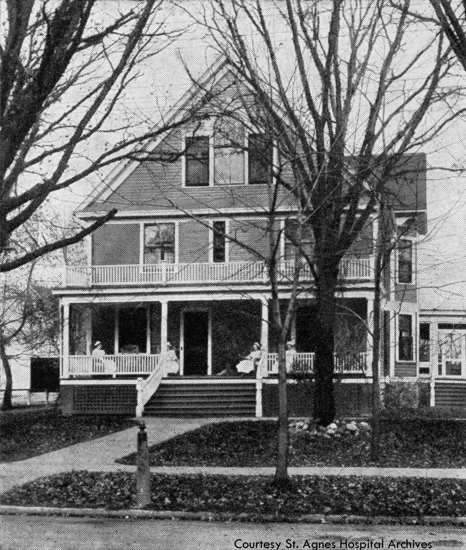 Student nurses' residence, c. 1925.
