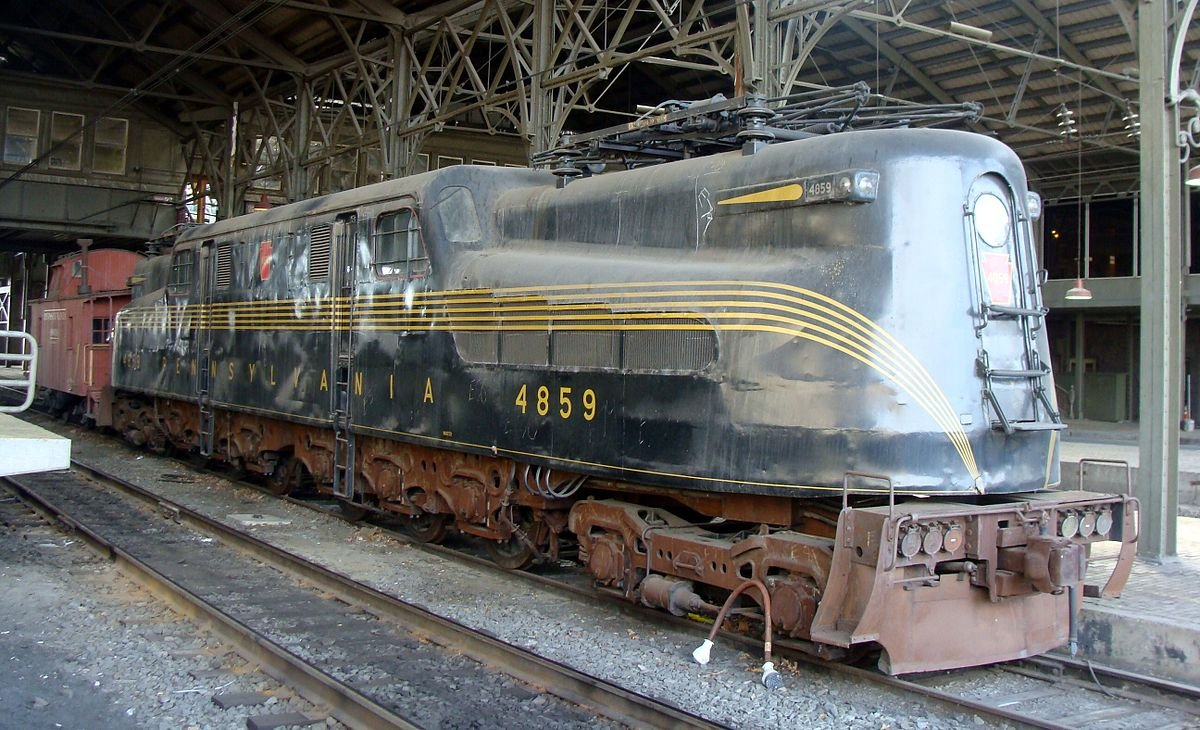 #4859 sits under the train shed at the historic Harrisburg Transportation Center.