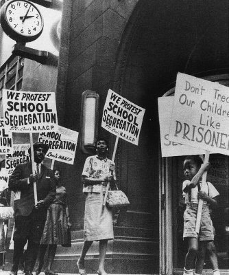 Image of a typical protest of school segregation.