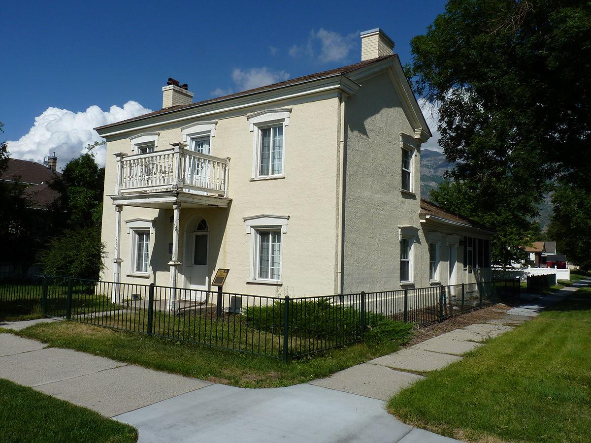 Clark-Taylor House