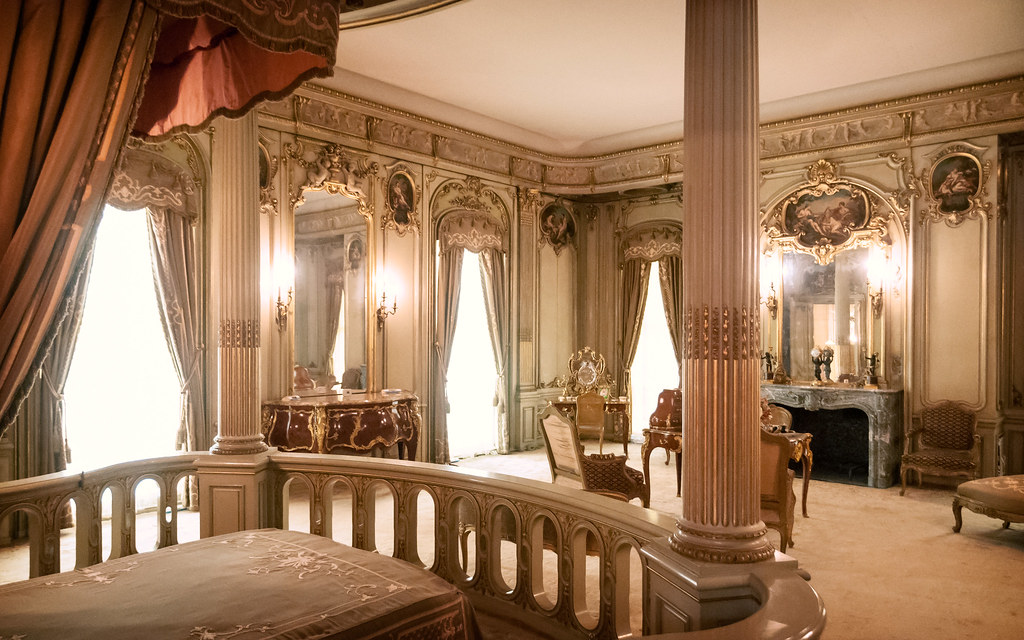 Louise Vanderbilt's Bedroom