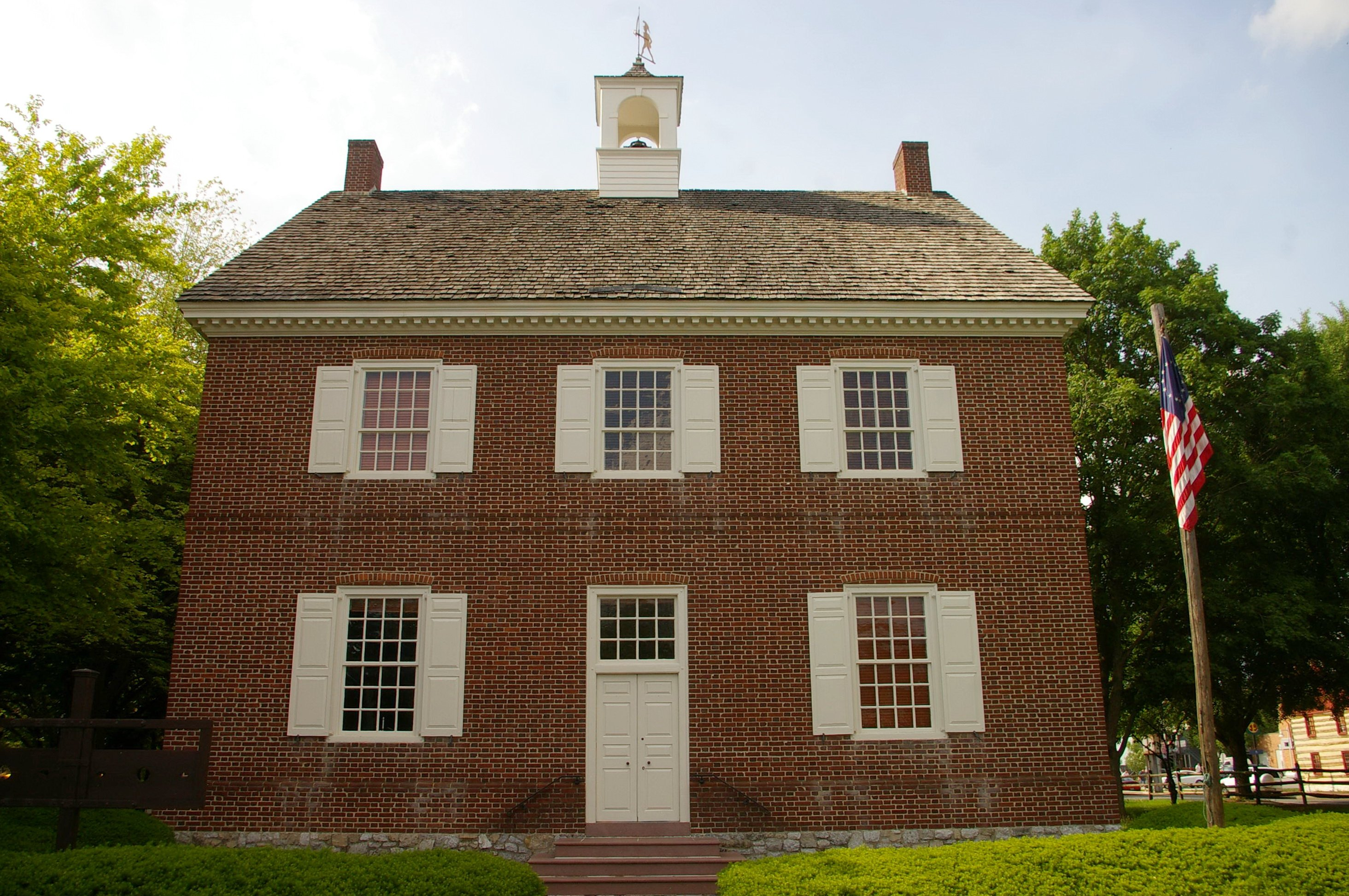 This 1976 reproduction of York's Colonial Courthouse serves to now educate the public about the city's significant role in the beginnings of the United States.