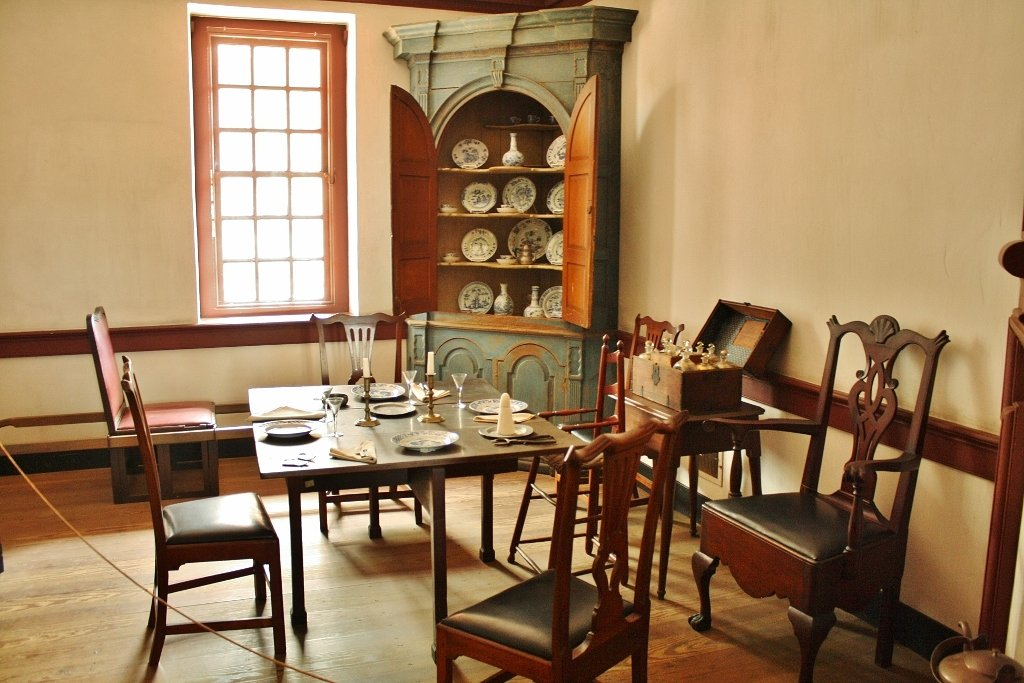 The dining area within the General Gates House.