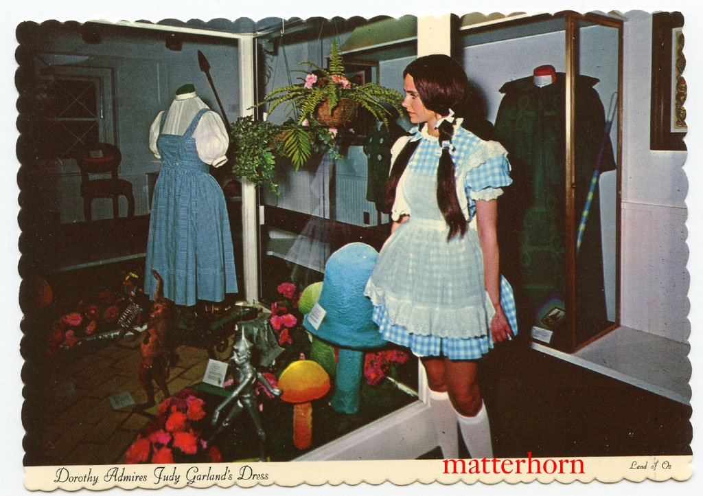 Land of Oz postcard circa 1970s