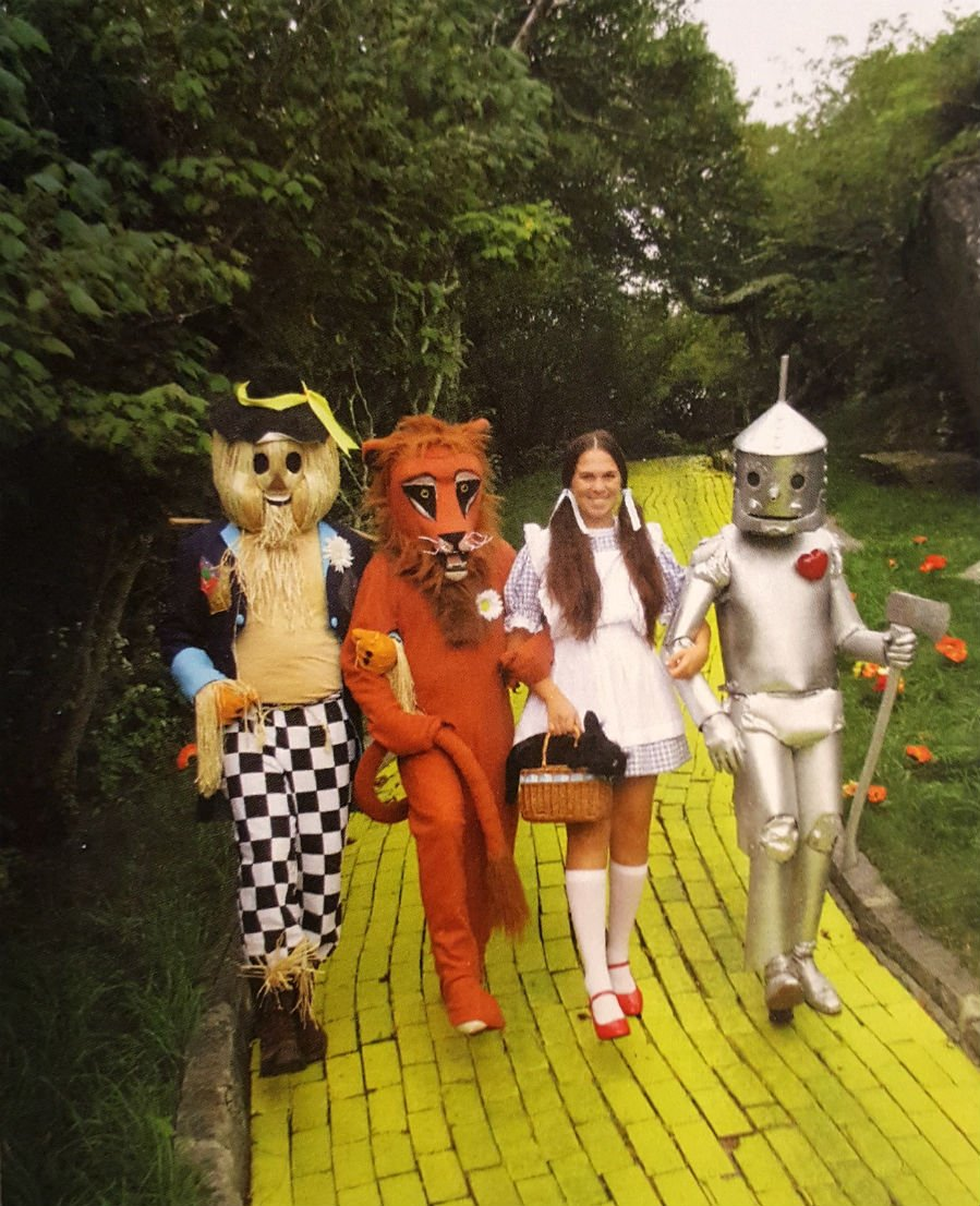 1970s crew in Oz