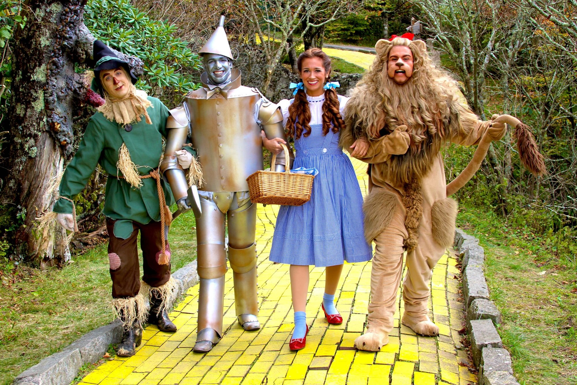 Modern crew in Oz