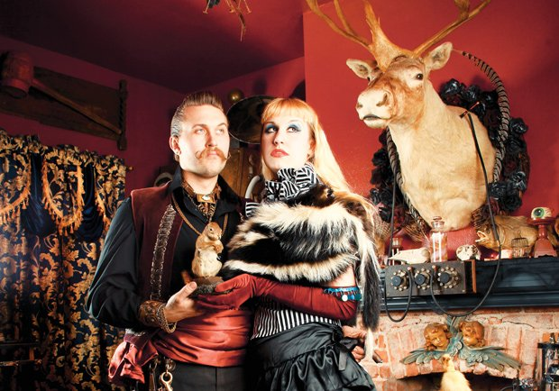 The owners, Mr. Arm and Velda von Minx