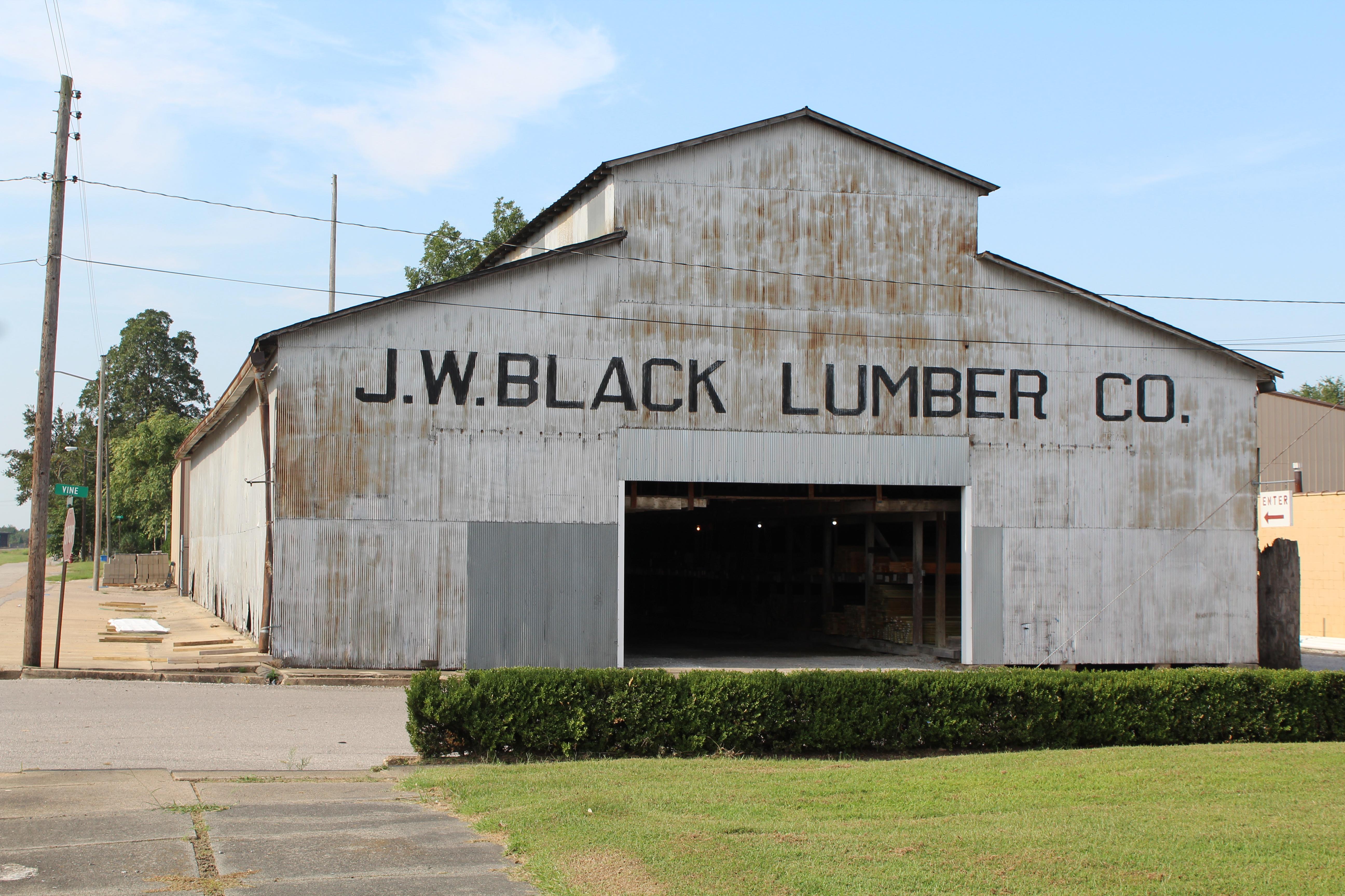 J.W. Black Lumber Barn in 2019