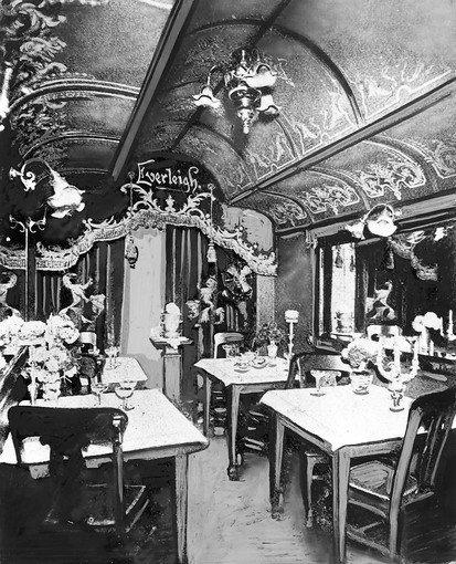 The dining room of the Everleigh Club had been specifically designed to resemble a Pullman Car. It was but one of the themed rooms created by Minna and Ada.
