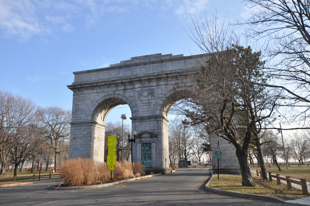 Perry Memorial Arch 1918 Located at the main entrance of Seaside Park Waldemere Avenue and Park Avenue Bridgeport, Ct.  Dedicated to William Hunter Perry, President of Bridgeport Park Commission.