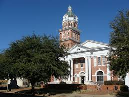 Another view of The Lowndes County Courthouse