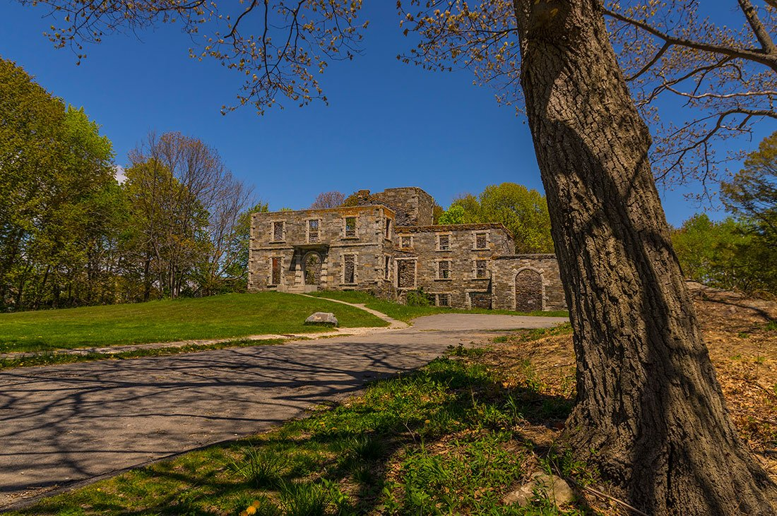 A photo of Goddard Mansion, which can no longer be entered by the public due to safety concerns