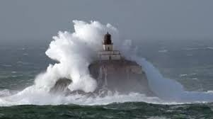 The surrounding sea made it very dangerous for boats to land on the rock. When storms did occur, it was very dangerous for the the men building the lighthouse, as well as for the keepers.