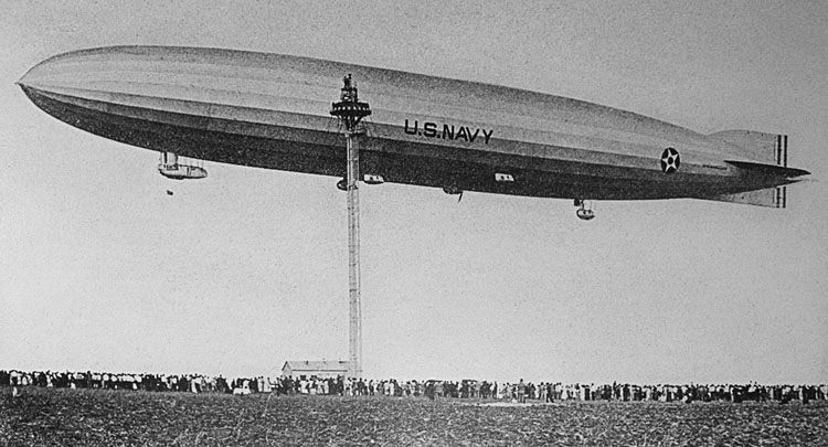 "US Navy airship ZR-1, ""Shenandoah"" departing Fort Worth October 9, 1924"