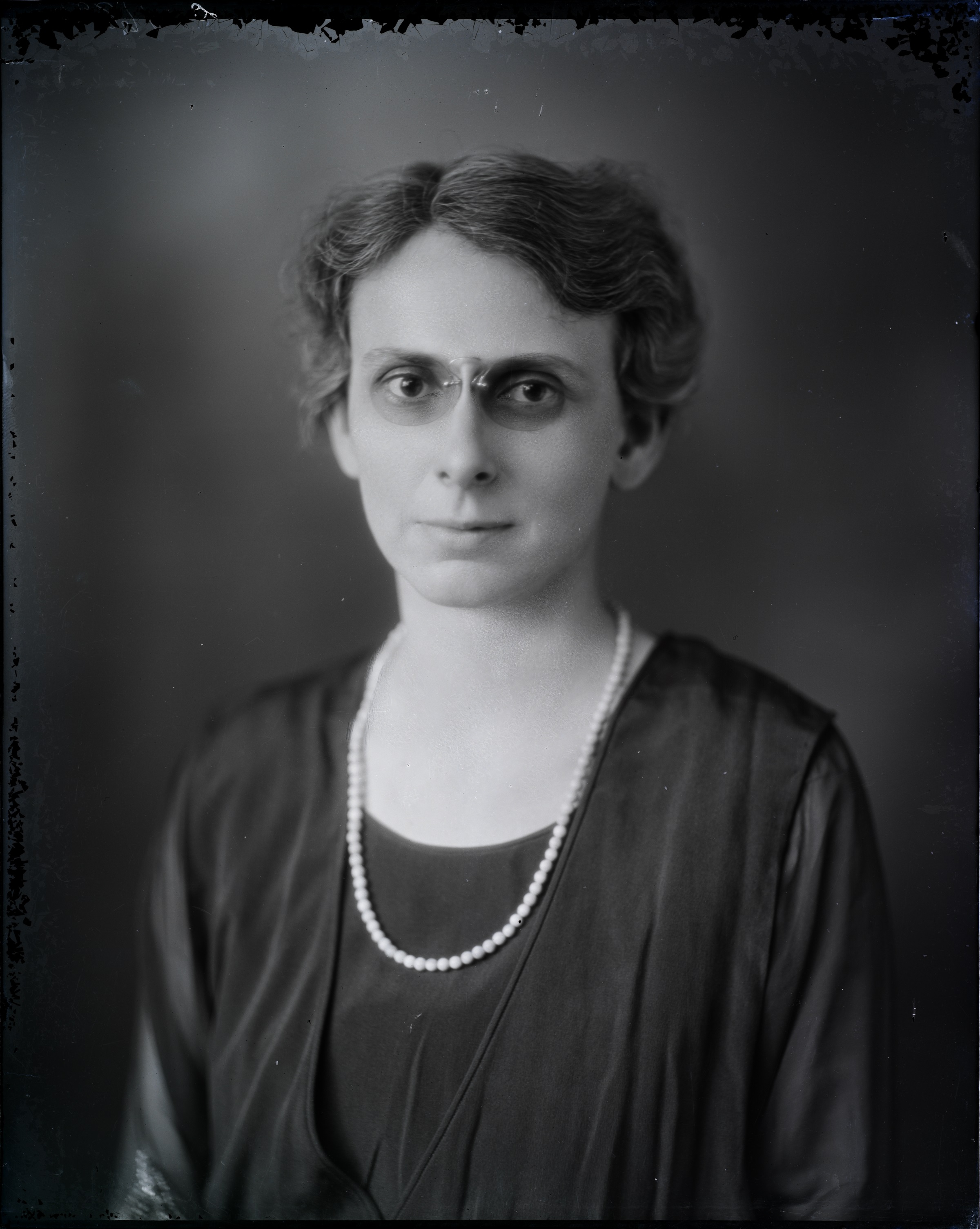 Photograph of Lucy Randolph Mason courtesy Virginia Museum of History and Culture.