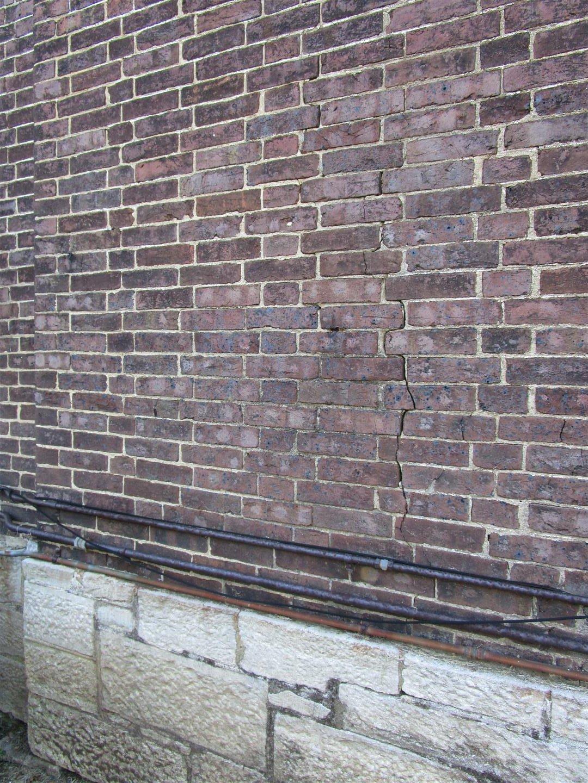 Brick Coursing Pattern Detail