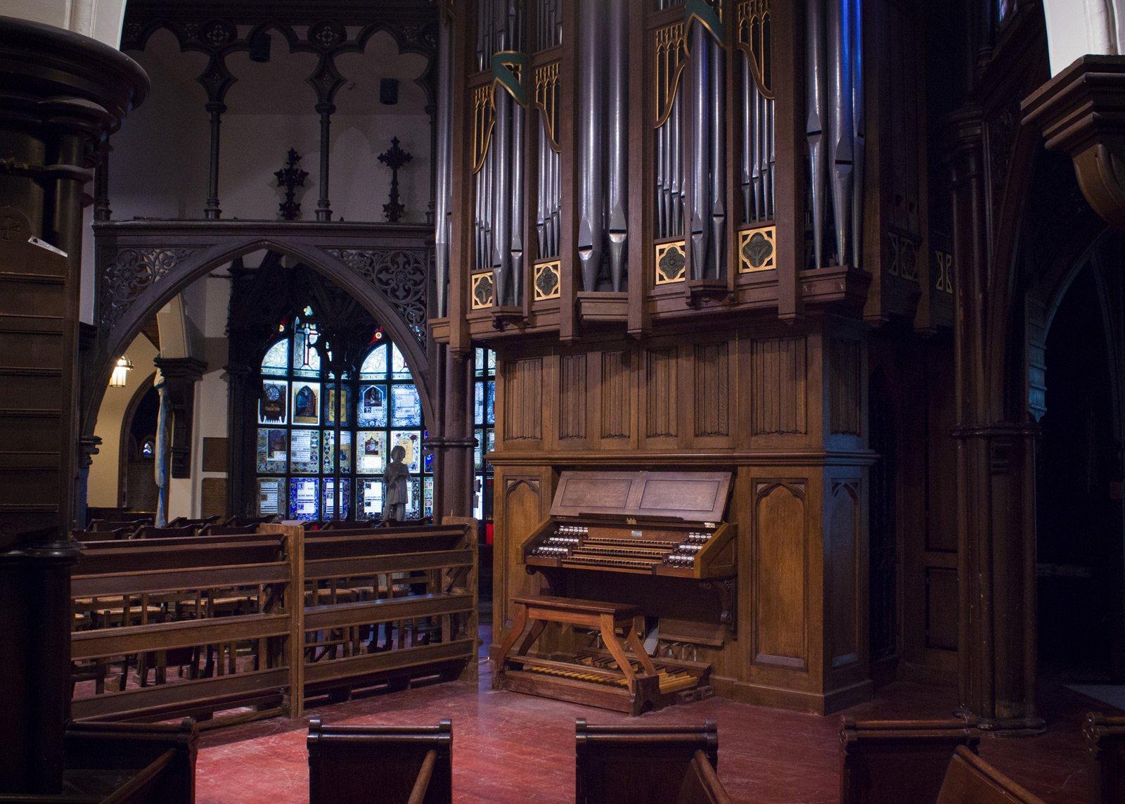 Photo 4_ The Arnold Schwartz Memorial Organ