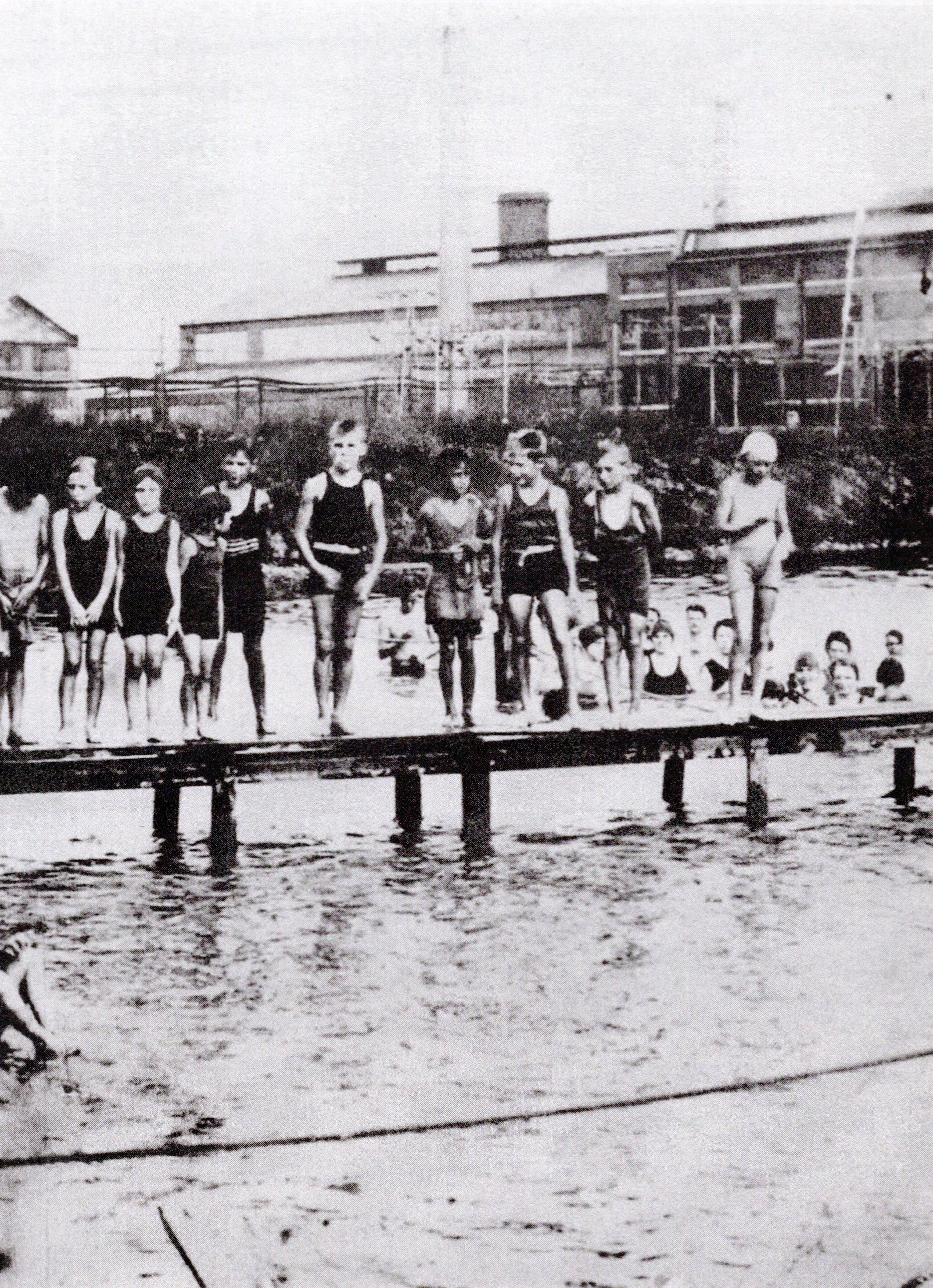 Armor Park Pool was 100 yards long by 75 yards wide, with a sandy beach. Annual passes to the pool cost 50-cents. Water was pumped in from the Kanawha River and chlorinated by a small barge towed around the pool by boat.