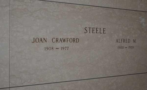 Grave of Joan Crawford