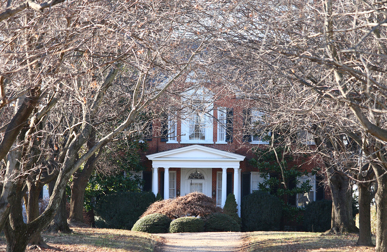 The grounds of Richwood are in excellent condition as well as the main entrance with a wood architrave and portico.