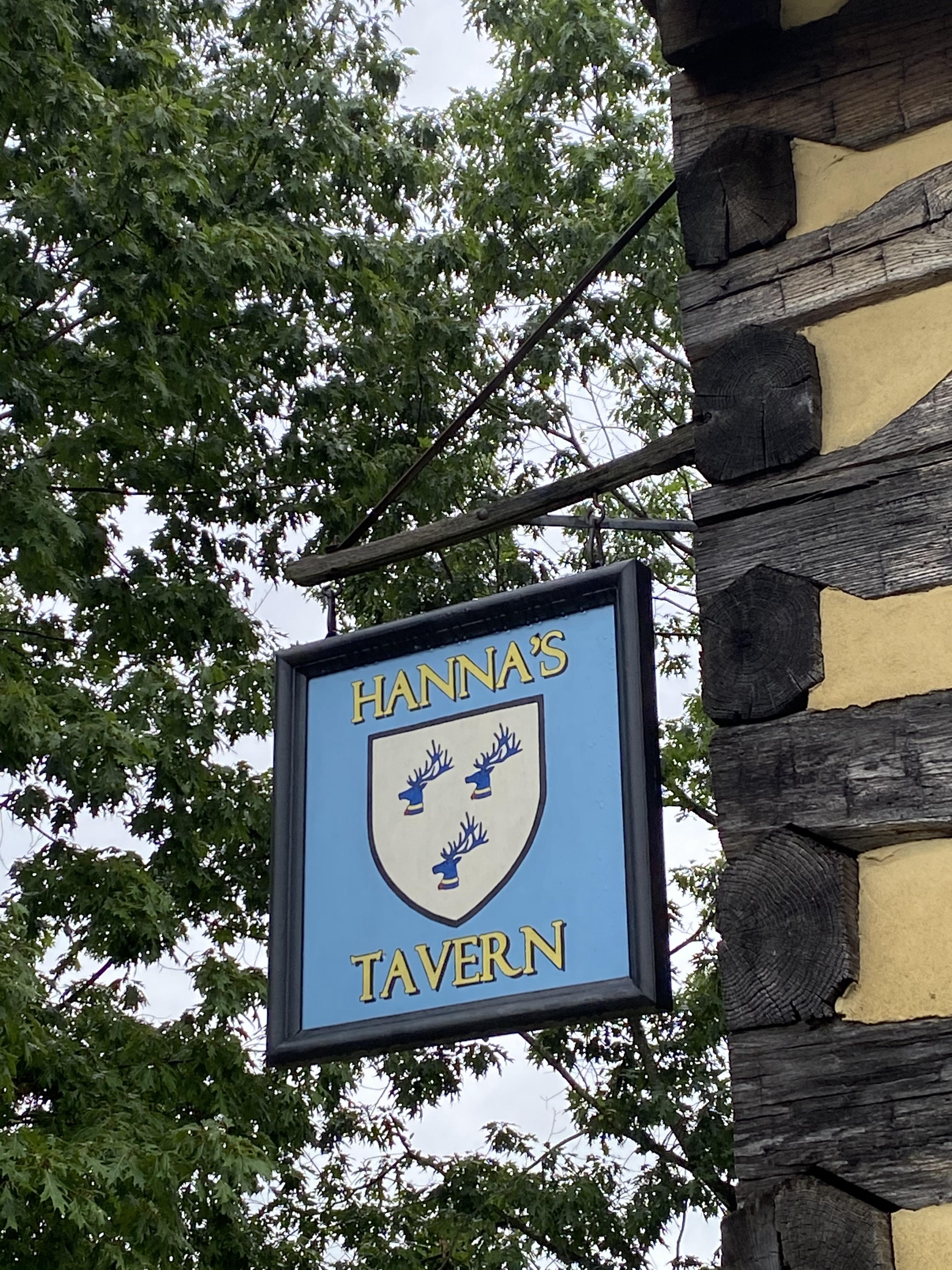 Hanna's Tavern sign