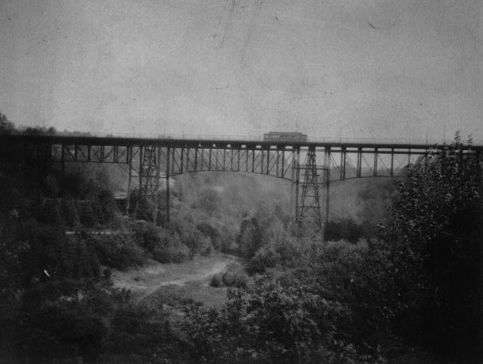 The 1891 bridge constructed for streetcars. Courtesy of the HABS report for the Duke Ellington Bridge.