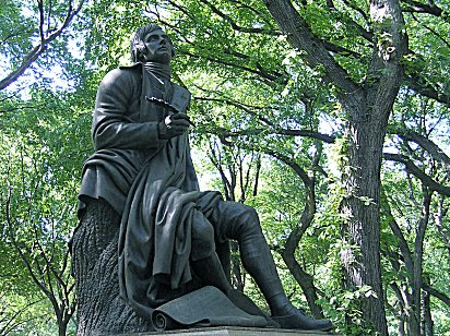An up close photo of the Robert Burns Statue.