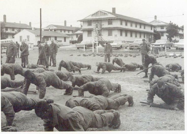 Army recruits training at Fort Knox