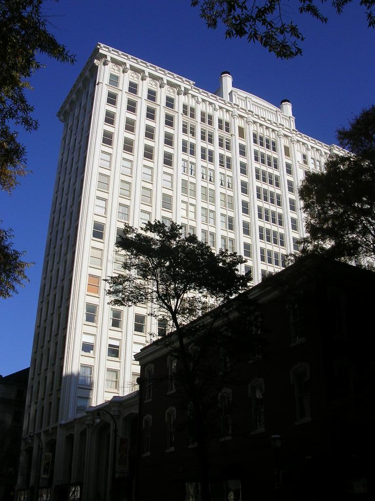 Healey Building (1914) in Atlanta. Photo taken in 2007.