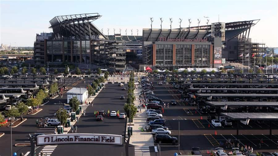Lincoln Financial has the largest array of solar panels than any other stadium in the NFL http://www.pewtrusts.org/en/research-and-analysis/analysis/2014/12/05/keystone-state-emerges-as-rising-clean-energy-leader