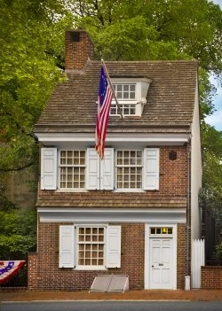 The home at 239 Arch Street was built around 1740, and Betsy Ross is believed to have rented it during the 1770s.
