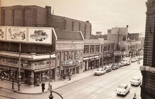 1957 photo as Bay Theatre courtesy Jeff Ash (via CinemaTreasures.org)